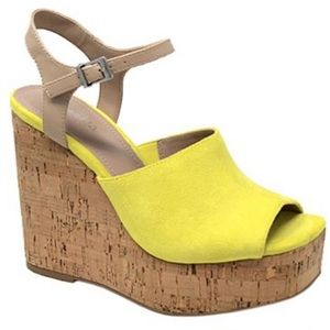 Charles David Dory Wedge heel sandal